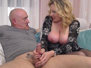 Maturenl Italian Large Mother I´d Like To Fuck Valent - homemade sex