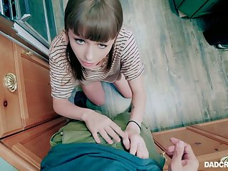 Before being poked babe Alex Blake wanna stand on knees to give a nice BJ