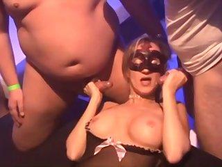 Amateur Cuckold Girlfriends in Wild Gangbang Orgy With Cumshots