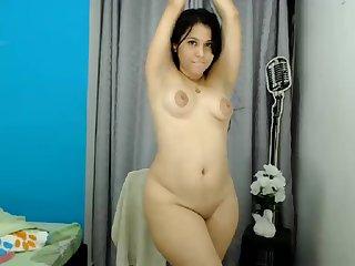 Venezuelan Chubby Girl Shows Her Bootie