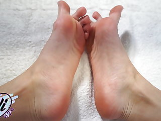 Brunette Show Her Feet and Foot Fetish Closeup