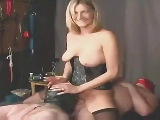 Helpful Hubby Licks Sperm After Wife Shag group sex
