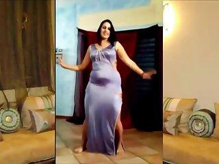 Chubby Egyptian woman dancing