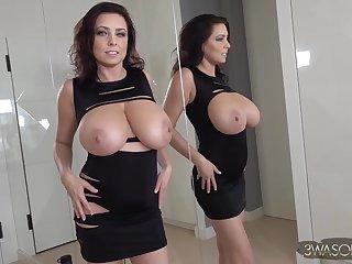 Best looking big tits ever - Gorgeous brunette doll Ewa Sonnet