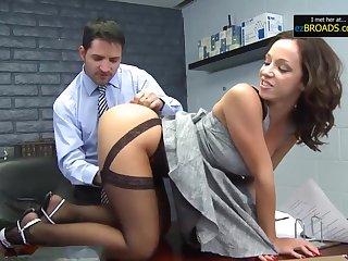 Hottie Teenage Get Snatch Pounded By Teacher - Cum Load