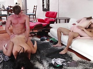 Young swinger couples in amateur foursome fuck - Rachel ford