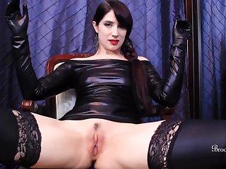 Pleasure-seeking vixen energizing xxx scene