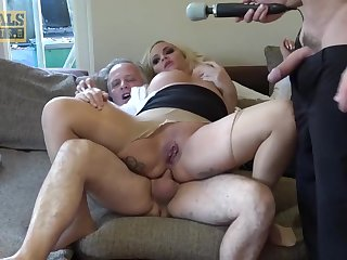Amateur anal threesome - British Blondie Louis Lee Ass Hammered In Homemade Euro Threesome